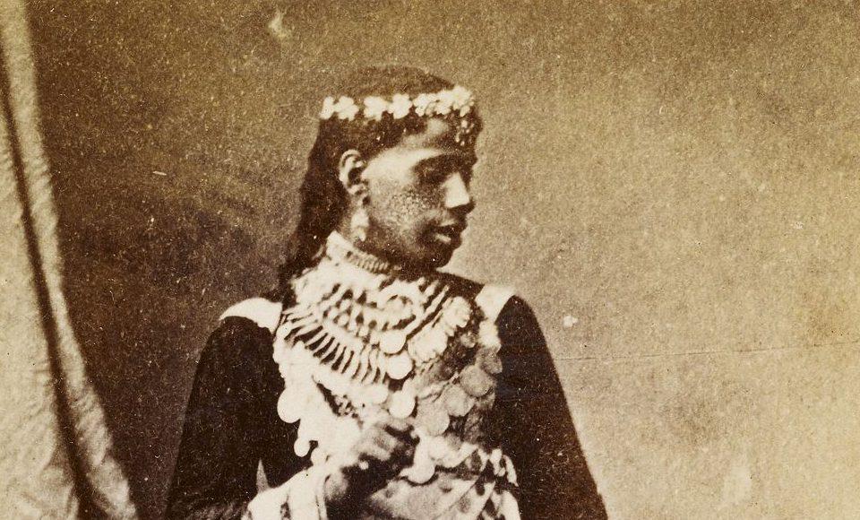 Khawalaat, male dancers in Cairo